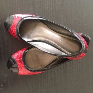 Red and black snake and patent leather flats